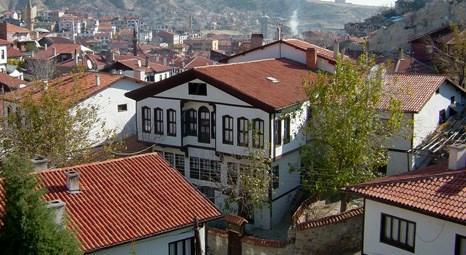 ÇATIDER'e göre binanın yanı sıra çatılarda izolasyonlu olmalı!