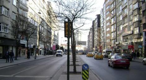 İstanbul Şişli Halaskargazi Caddesi'nde 900 bin liraya satılık 3+1 daire!