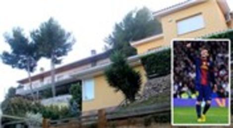 Lionel Messi, gürültü yapan komşularının arazisini satın aldı!
