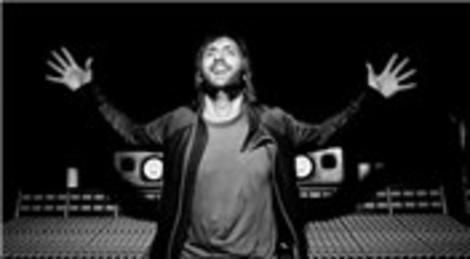 David Guatta, 4 Mayıs'ta KüçükÇiftlik Park'ta konser verecek!