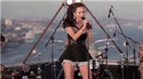 Inna'nın İstanbul'da India şarkısına çektiği klip izlenme rekorları kırıyor!
