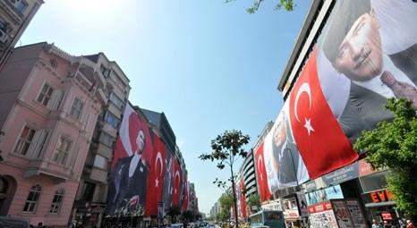 Şişli Belediyesi 19 Mayıs Bayramı için caddeleri bayraklarla süsledi!