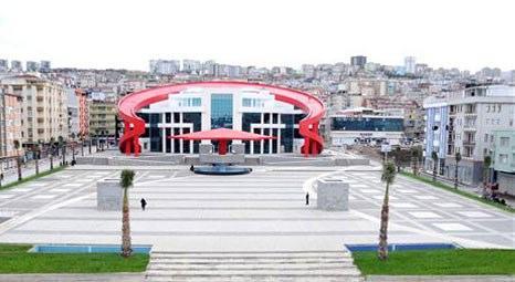 Canik Belediyesi'nin Türk bayrağı şeklindeki yeni hizmet binası, açılışa hazır!