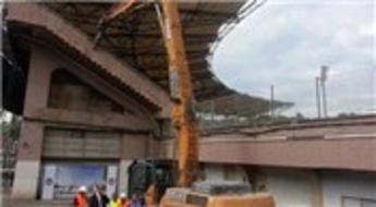 Beşiktaş İnönü Stadı'nın yıkımına başlandı!