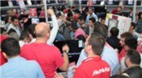 Media Markt İstanbul'daki 10'uncu mağazasını Axis AVM'de açtı!