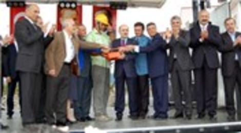 Erdoğan Bayraktar Trabzon'da okul temeli atıp Özay Otel'i hizmete açtı!