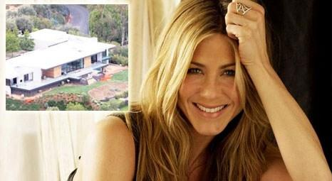 Jennifer Aniston, Hollywood'taki evini 20 milyon dolara restore ettirdi!