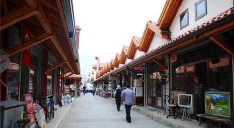 Mevlana Kültür Vadisi Projesi kapsamındaki çalışmalarda 450 bina ve dükkan restore ediliyor!