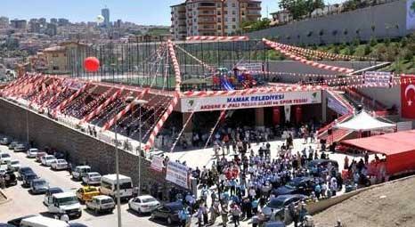 Akdere Kapalı Pazar Yeri ve Spor Kompleksi açılışına 5 bin kişi katıldı!