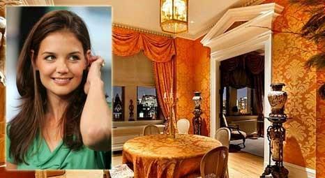 Katie Holmes, Manhattan'daki yeni evine taşındı!