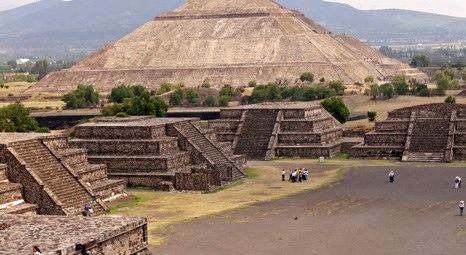 Peru'da iki inşaat şirketi 4 bin yıllık piramidi yıktı!