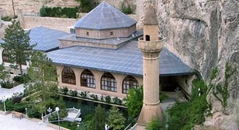 Bursa Osmangazi Belediyesi Somuncu Baba Türbesi'ni restore ettiriyor!