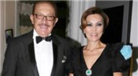 Feryal Gülman eşi Kemal Gülman'dan boşanıyor! 200 milyon lira manevi tazminat talep etti!