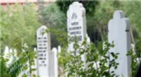 İçişleri Bakanlığı mezarlık olmayan yerlere defin yapılmasını yasakladı!