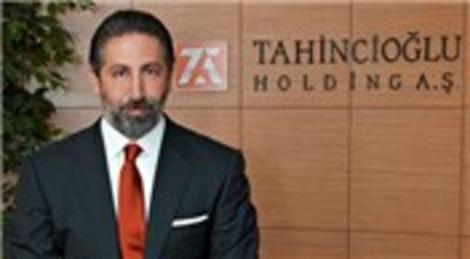 Özcan Tahincioğlu Kadıköy'de çok değerli bir arsa için el sıkıştı!