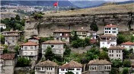 UNESCO Dünya Mirası Listesi'ndeki Safranbolu'ya Avrupa Şeref Bayrağı!