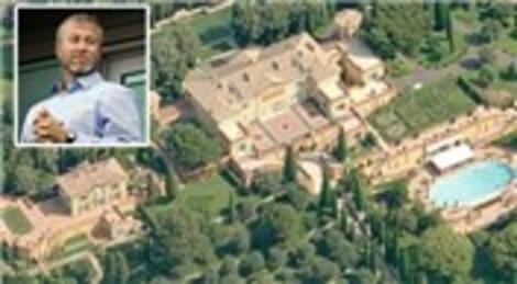 Roman Abramovich Londra'daki malikanesini 45 milyon dolara sattı!