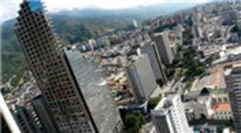 Venezuela'daki David'in Kulesi, dünyanın en yüksek gecekondusu!