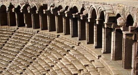 Aspendos'ta restorasyon çalışmaları devam ediyor!