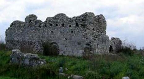 Muğla'daki orman yangınında Keramos Antik Kenti'ne ait kale kalıntıları zarar gördü!