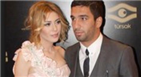 Sinem Kobal ile Arda Turan, 26 Aralık'ta Çırağan Sarayı'nda dünyaevine girecek!