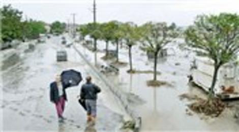 Sefaköy Köprüsü Ayamama Deresi'nin ıslahı için yıkılıyor!