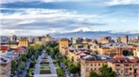 Macaristan'da öldürülen Ermeni subay için Erivan'da anıt yapıldı!