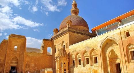İshak Paşa Sarayı 24 saat nesil güvenlik kameraları ile kontrol altında!