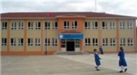 Diyarbakır Hiça Köyü İlkokulu'nu 15 üniversiteli genç onardı