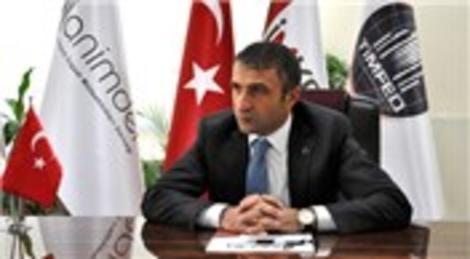 Tahir Tellioğlu: Cumhuriyet, Türkiye'nin tarihteki çağdaş yere ulaşmasını sağlar