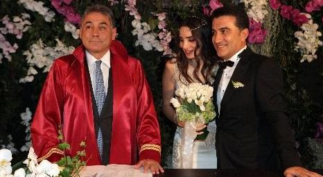 Nur Fettahoğlu ve Levent Veziroğlu, Rumelihisarı'ndaki evlerinde dünyaevine girdi