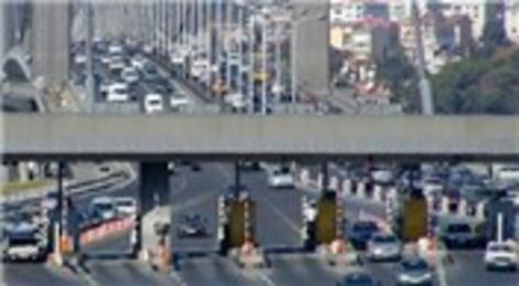 Köprü ve otoyol geçişlerinden  10 ayda 655 milyon lira geldi
