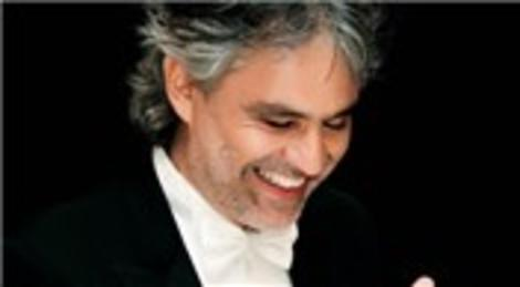 Andrea Bocelli TEMA Vakfı için İstanbul'da konser verecek