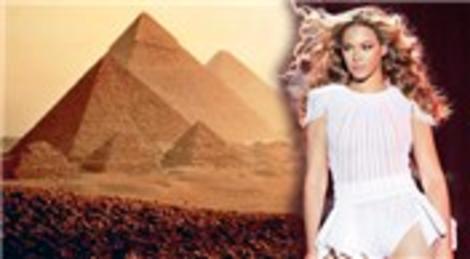 Beyonce'un piramitlere girişi yasaklandı