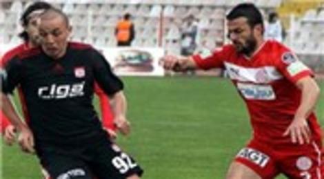 Sivasspor- Medical Park Antalya, Sivas 4 Eylül Stadı'nda karşı karşıya gelecek