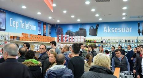 Vatan Bilgisayar, 90. mağazasını Acıbadem'de açtı
