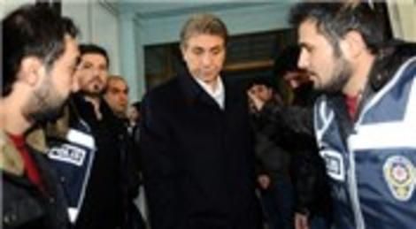 Fatih Belediye Başkanı Mustafa Demir dahil 19 kişi serbest bırakıldı