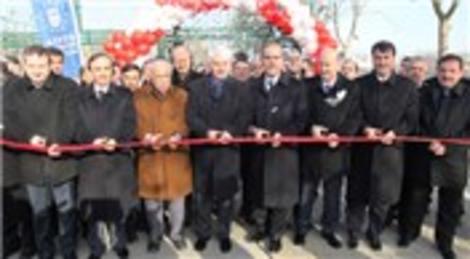 Bursa Soğukkuyu Kamil Saker Spor Tesisleri törenle hizmete açıldı
