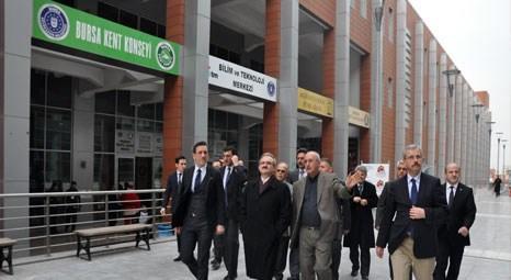 Münir Karaloğlu, Bursa Kent Konseyi çalışma ofislerini ziyaret etti