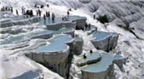 Kültür ve Turizm Bakanlığı, Pamukkale Ören Yeri'nin işletmesini TÜRSAB'a verdi