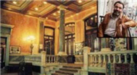 Ahmet Ümit'in adı Pera Palace'ın 410 numaralı odasına verildi
