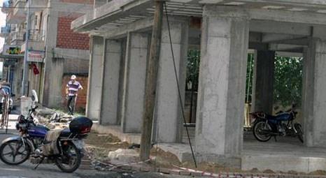Türk Telekom Aydın Müdürlüğü ekipleri, inşaattaki telefon direğini kaldırdı