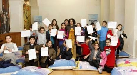 Türkiye İş Bankası Müzesi atölye çalışmalarıyla çocukların gelişimine destek oluyor