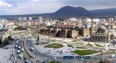 Kayseri Melikgazi'de icradan satılık 3 konut ile 1 arsa