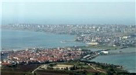 Büyükçekmece'de 800 bin liraya icradan satılık villa ve arsası