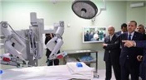 Recep Tayyip Erdoğan, Dr. Sadi Konuk Eğitim Hastanesi'nde incelemelerde bulundu