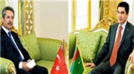 Gurbanguli Berdimuhamedov Ahmet Çalık ile görüştü