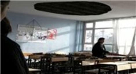 Zonguldak Ereğli Lisesi'nde sınıfın tavanı çöktü