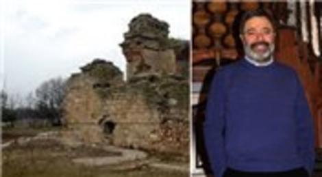 Ahmet Ümit Edirne'deki Cihannüma Kasrı'nın korunmasını istiyor