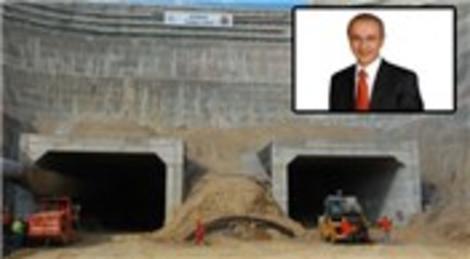 Lütfi Elvan, 'Konak tünellerini 2014 sonuna kadar tamamlamayı hedefliyoruz'